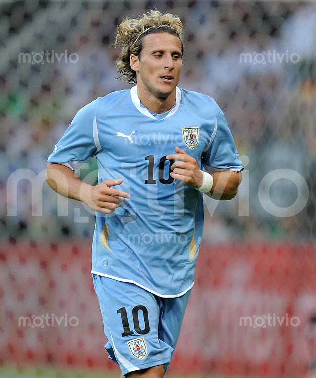 FUSSBALL INTERNATIONAL  EM 2012 Freundschaftsspiel  29.05.2011 Deutschland - Uruguay Diego FORLAN (Uruguay)