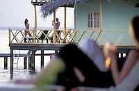 01/06 FEB 2004 - Panama - Bocas del Toro: isole - © Alberto Bevilacqua - Venezia Italia - 204AB006D3Gxx