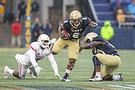 Annapolis, MD - October 8, 2016: Navy Midshipmen running back Toneo Gulley (2) in action during game between Houston and Navy at  Navy-Marine Corps Memorial Stadium in Annapolis, MD.   (Photo by Elliott Brown/Media Images International)