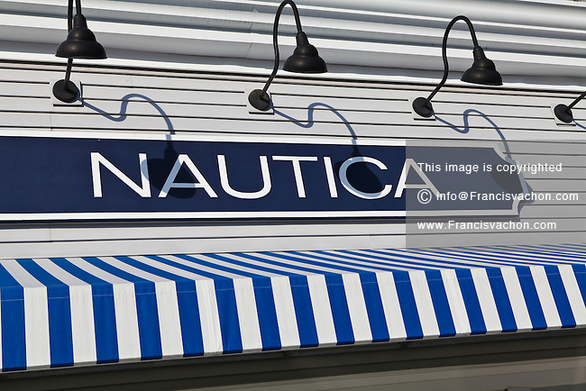 Nautica clothing outlet stores