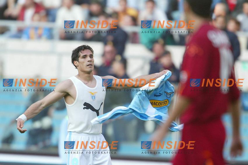 Roma 21/4/2004 CAMPIONATO ITALIANO SERIE A<br /> LAZIO - ROMA<br /> esultanza al gol di corradi<br /> FOTO Andrea Staccioli Insidefoto