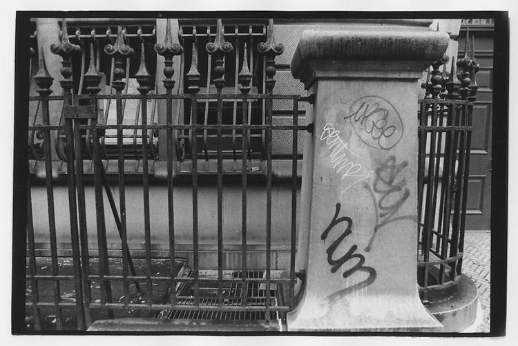 Street Scene, New York, 1993.  Photo by Dan Irving