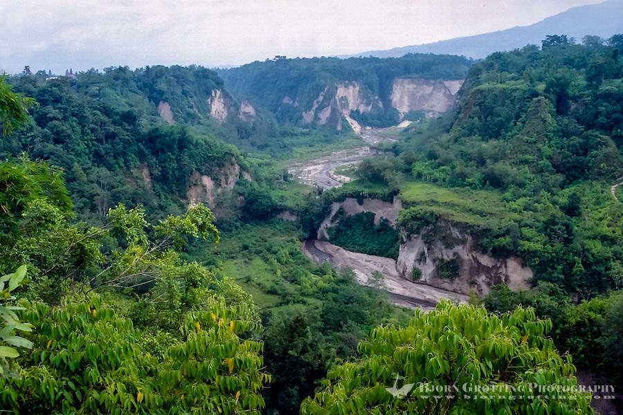 Bukittinggi Indonesia  City new picture : West Sumatra, Bukittinggi. Sianok canyon Ngarai Sianok is a steep ...