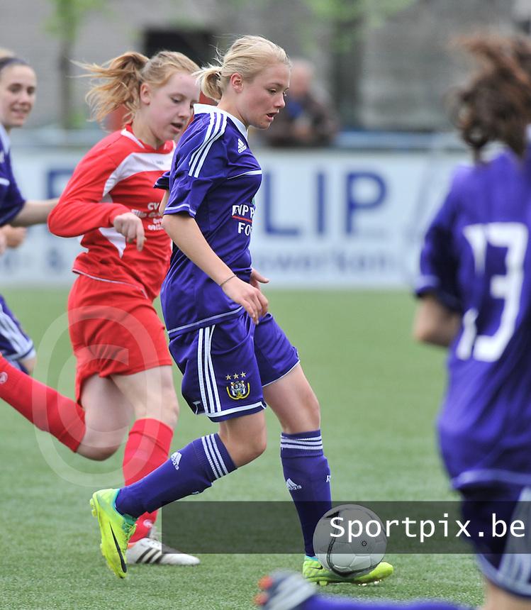 AA Gent Ladies U16 - RSC Anderlecht : Mathilde Quievy.foto DAVID CATRY / Nikonpro.be