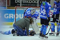 IJSHOCKEY: HEERENVEEN; 20-12-2014, IJsstadion Thialf, UNIS Flyers - Eindhoven Kemphanen 201214, uitslag 7-0, Brent Jansen (#10) wordt behandeld, ©foto Martin de Jong