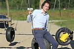 Foto: VidiPhoto<br /> <br /> HOUTEN - Portret van beleidsmedewerker VHG Mario Geuze, in Houten.