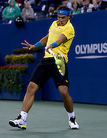 Rafael Nadal (ESP) (3) against Fernando Gonzalez (CHI) (11) in the Quarterfinals. Nadal beat Gonzalez 7-6 7-6 6-0 ..International Tennis - US Open - Day 11 Thu 10 Sep 2009 - USTA Billie Jean King National Tennis Center - Flushing - New York - USA ..© Frey Images, Barry House, 20-22 Worple Road, London, SW19 4DH.Tel - +44 20 8947 0100.Cell - +447843 383 012.Email - mfrey@advantagemedianet.com