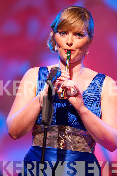 London Rose Nóra Ní Fhlannagáin playing the tin whistle during the Tuesday night Rose Selection at the Dome.