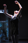 Utopia Parkway dance concert at Smith College.Chris Aiken and Angie Hauser..©2012 Jon Crispin..........................