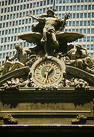 Grand Central Terminal clock statue of Mercury icon iconic landmark skyscraper
