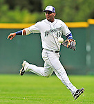 21 August 2010: Vermont Lake Monsters' infielder Hendry Jimenez in action against the Brooklyn Cyclones at Centennial Field in Burlington, Vermont. The Cyclones defeated the Lake Monsters 8-7 in a 12-inning game that had to be resumed in Brooklyn on August 31 due to late inning rain. Mandatory Credit: Ed Wolfstein Photo