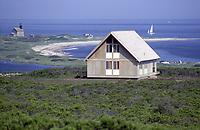 Jens Risom's Prefab House, Block Island, RI, 1967. Photographer John G. Zimmerman