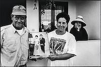 Europe, Espagne, Iles Canaries, Lanzarote:   Portrait de vignerons dans le vignoble de la Geria   // Europe, Spain, Canary Islands, Lanzarote: Portrait of winemakers in the vineyards of the Geria