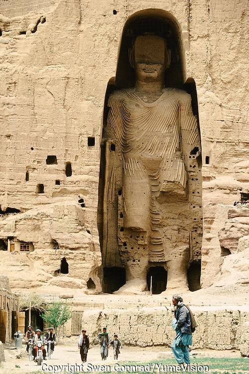 Afghanistan Bamiyan Buddha Hazara