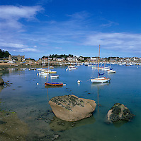 France, Brittany, Harbour of Ploumanac`h on the Pink Granite Coast