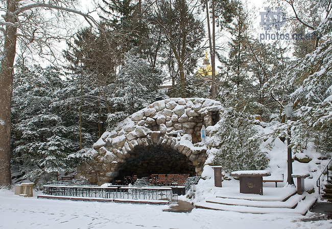 Feb. 22, 2013; Grotto after a snowfall..Photo by Matt Cashore/University of Notre Dame