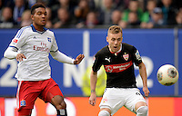 FUSSBALL   1. BUNDESLIGA   SAISON 2013/2014   9. SPIELTAG Hamburger SV - VfB Stuttgart                               20.10.2013 Joanthan Tah (li, Hamburger SV) gegen Alexandru Maxim (re, VfB Stuttgart)