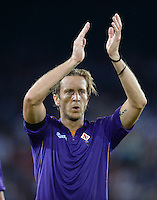 FUSSBALL   INTERNATIONAL   UEFA EUROPA LEAGUE   SAISON 2013/2014    Qualifikation Grasshopper Club Zuerich - AC Florenz      22.08.2013 Massimo Ambrosini (AC Florenz) mit Dank an die Fans