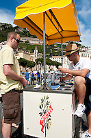 Sorbet al limoni, lemon sorbet for sale on the beach at Amalfi, Amalfi Coast, Italy