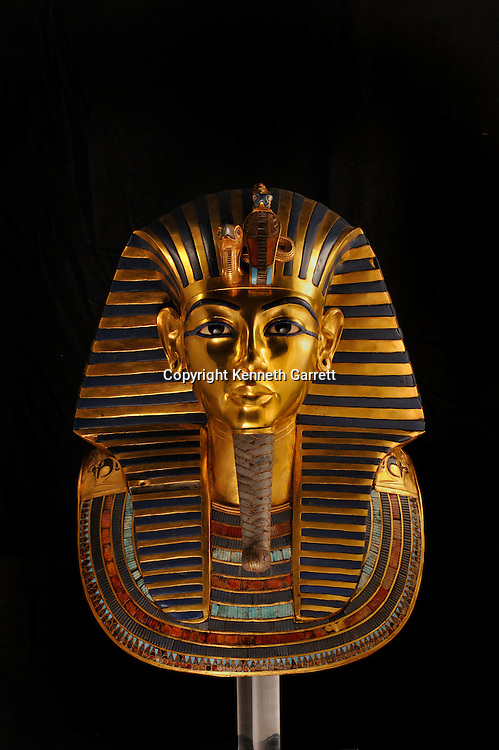 mm7864; 18th Dynasty; New Kingdom; Egypt; Tut; Tutankhamun; Mummy; Valley of the Kings, KV62, Death Mask, Gold, The Egyptian Museum, Cairo