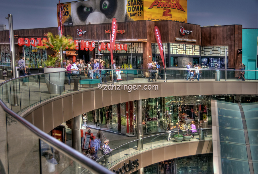 Food Court, Santa Monica Place; fresh, open-air design, shopping mall; Santa Monica; CA;