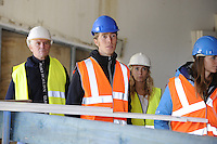 SCHAATSEN: HEERENVEEN: IJsstadion Thialf, 23-09-2015, Perspresentatie Team Clafis, rondleiding ver(nieuw)bouw, Jorrit Bergsma, ©foto Martin de Jong