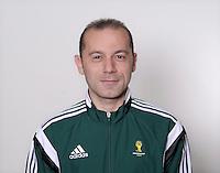 FUSSBALL Fototermin FIFA WM Schiedsrichter  09.04.2014 Cuneyt CAKIR (Tuerkei)