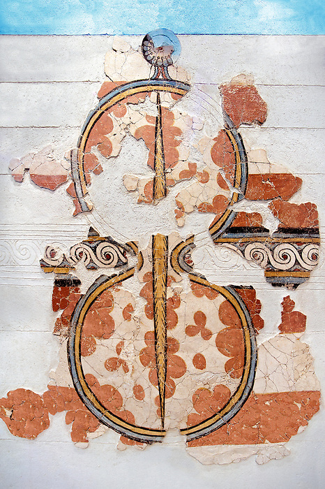 Mycenaean Fresco wall painting of a figure of eight shield. Mycenae Acropolis, Greece,  14th - 13th Century BC.  Cat No 11672  Athens Archaeological Museum.