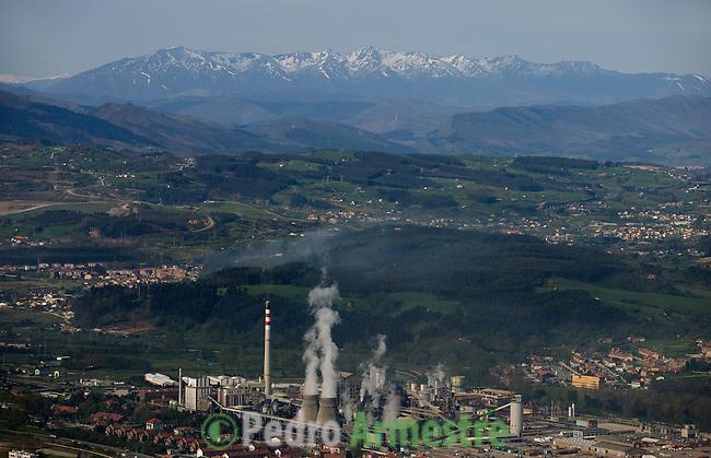FACTORIA QUIMICA DE SOLVAY-TORRELAVEGA-CANTABRIA. 2008-04-16. (C) Pedro ARMESTRE