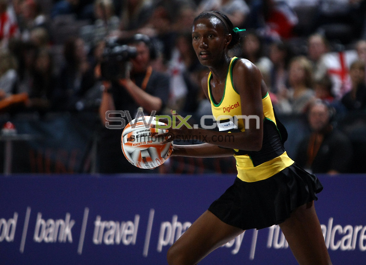 PICTURE BY VAUGHN RIDLEY/SWPIX.COM - Netball - World Netball Series 2009 - MEN Arena, Manchester, England - 09/10/09...Copyright - Simon Wilkinson - 07811267706...New Zealand v Jamaica - Jamaica's Paula Thompson.