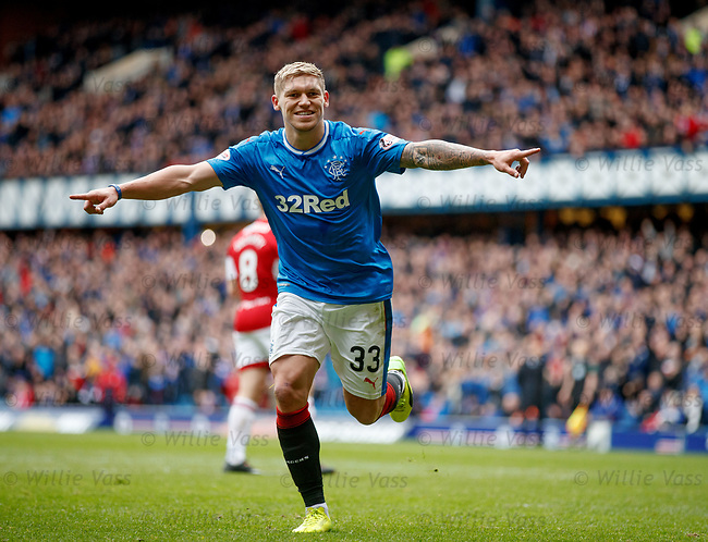 Martyn Waghorn celebrates aftere he scores from the penalty spot