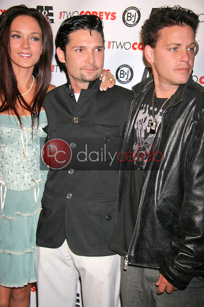 Susie Sprague with Corey Feldman and Corey Haim<br />at the A and E Premiere of &quot;The Two Corey's&quot;. Sugar, Hollywood, CA. 07-27-07<br />Dave Edwards/DailyCeleb.com 818-249-4998