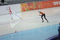 OLYMPICS: SOCHI: Adler Arena, 13-02-2014, 1000m Ladies, Olga Fatkulina (RUS), Margot Boer (NED), ©foto Martin de Jong