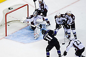 Anze Kopitar (Los Angeles Kings, #11) scores a goal during ice-hockey match between Los Angeles Kings and Colorado Avalanche in NHL league, Februar 26, 2011 at Staples Center, Los Angeles, USA. (Photo By Matic Klansek Velej / Sportida.com)
