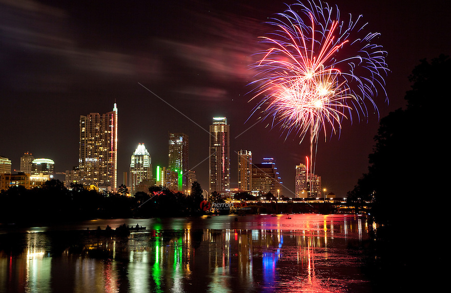 4th-of-July Independence Day Fireworks Display in Austin, Texas ...