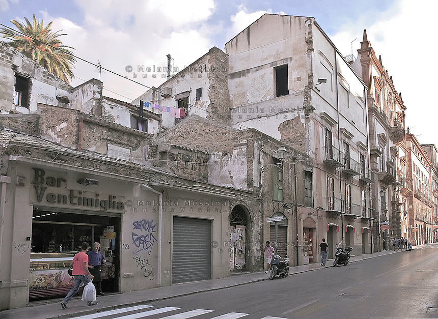 "Palermo; ""Vittorio Emanuele"" road, .Palermo, corso Vittorio Emanuele"