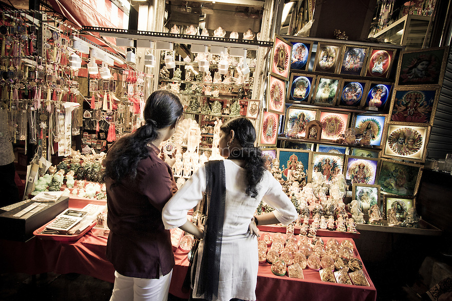 Shopgoers in Batu Caves, Kuala Lumpur