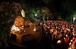 2011 Senior Grotto Visit.JPG by Matt Cashore/University of Notre Dame
