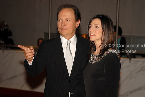 Washington,DC - October 11, 2007 -- __________ arrives at the John F. Kennedy Center for the Performing Arts to honor legendary actor-comedian Billy Crystal, the 2007 Mark Twain Prize recipient in Washington, D.C. on Thursday, October 11, 2007..Credit: Ron Sachs / CNP