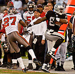 Oakland Raiders wide receiver Jerry Porter (84) runs out of bounds on Sunday, September 26, 2004, in Oakland, California. The Raiders defeated the Buccaneers 30-20.