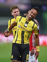 FUSSBALL  DFB POKAL FINALE  SAISON 2015/2016 in Berlin FC Bayern Muenchen - Borussia Dortmund         21.05.2016 Lukasz Piszczek (hinten) und Pierre-Emerick Aubameyang (vorn, beide Borussia Dortmund)