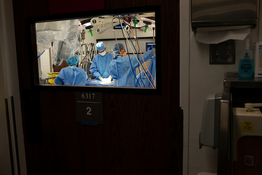 Los Angeles, California, May 15, 2012 - Patient Betty Jean Trusel undergoes an Aortic Valve Replacement under the direction of Alfredo Trento, MD, Director, Cardiothoracic Surgery Division at Cedar-Sinai Heart Institute. Dr. Trento guided the surgery using a Da Vinci Robot. Ms. Trusel' s mitral valve was too large and was flailing restricting the flow of blood.