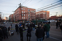 Media reports from the crime scene near the entrance of the building related to the shootings at Sandy Hook Elementary School, in Hoboken, United States. 14/12/2012. Photo by ZAMEK