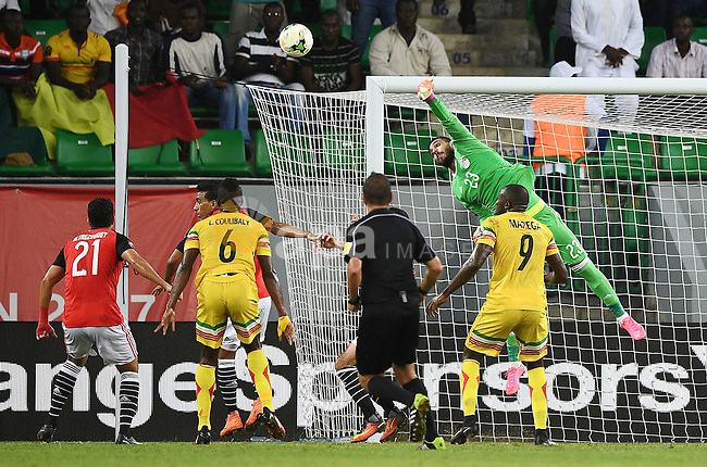 Egypt's goalkeeper Ahmed El-Shenawy punches the ball away from the goal during the 2017 Africa Cup of Nations group D football match between Mali and Egypt in Port-Gentil on January 17, 2017. Photo by Stranger