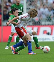 FUSSBALL   1. BUNDESLIGA   SAISON 2012/2013   2. Spieltag SV Werder Bremen - Hamburger SV                     01.09.2012         Petr Jiracek (vorn, Hamburger SV) gegen Zlatko Junuzovic (li, SV Werder Bremen)