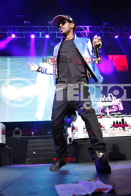 Big Sean performing at Wired 96.5 Fest at The Susquehanna Bank Center in Camden, New Jersey on June 1, 2012  © Star Shooter / MediaPunchInc