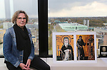 Foto: VidiPhoto<br /> <br /> NIJMEGEN - Prof. dr. Heleen Murre-van den Berg op haar kamer in de Radboud Universiteit in Nijmegen. Heleen Murre wordt per 1 mei benoemd als hoogleraar Oosters christendom. De faculteit Oosters christendom is een nieuwe studierichting.