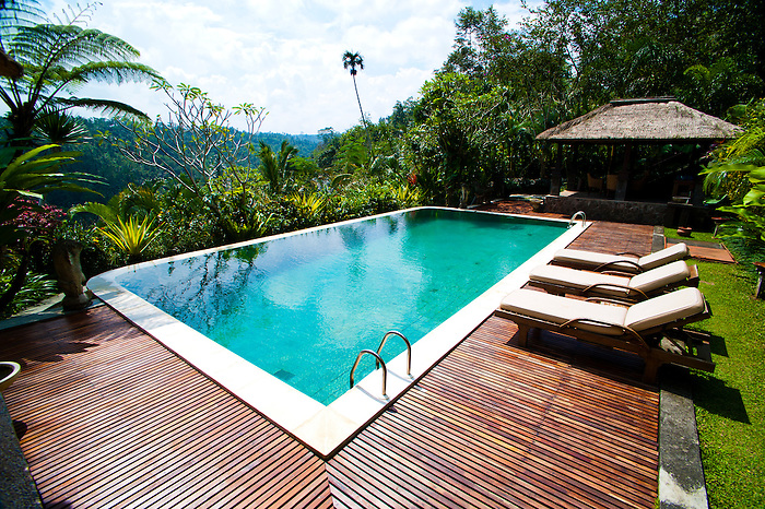 May 14th swimming pool area at payangan hideaway ubud for Swimming pool area