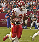 Kansas City Chiefs running back Priest Holmes (31) on Sunday, November 10, 2002, in San Francisco, California. The 49ers defeated the Chiefs 17-13.