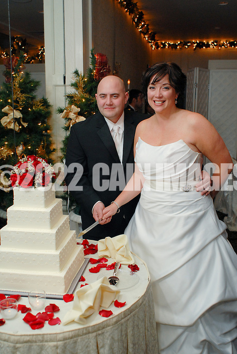 12/4/09 - 8:58:22 PM - SKIPPACK, PA: Carolyn & Michael,  December 4, 2009 in Skippack, Pennsylvania. (Photo by William Thomas Cain/cainimages.com)